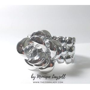 Jewelry - Silver Shine Plastic Chic Stretch bracket Rose